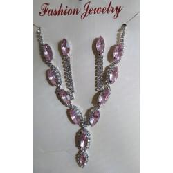Růžový náhrdelník, náušnice